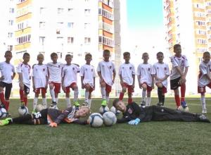 Юные воронежские футболисты обратились за помощью к Виталию Мутко