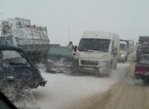 Массовая авария под Воронежем спровоцировала огромную пробку
