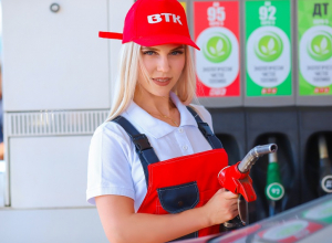 Анастасия Стукалова попала пистолетом в нужное место в конкурсе «Мисс Блокнот Воронеж-2018»