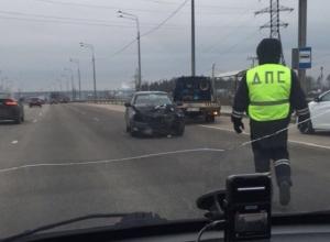 Последствия жесткого ДТП на окружной в Воронеже попали на видео