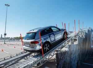 В Воронеже прошел проект Volkswagen Driving Experience 2017