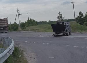 Опубликованы снимки ужасной аварии «шестерки» с цыганами под Воронежем