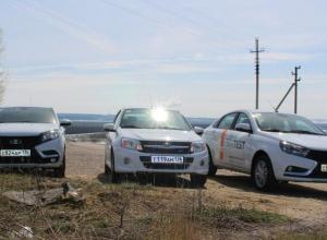 Как «Весенний драйв» по дорогам Воронежской области взяли на себя три автомобиля LADA