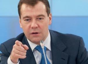 Гусев поехал в Москву к Путину, но встретился с Медведевым