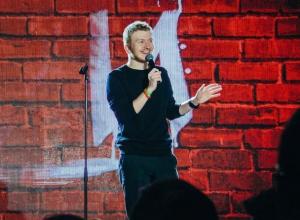 Воронежскому комику Поперечному запретили въезд в Украину