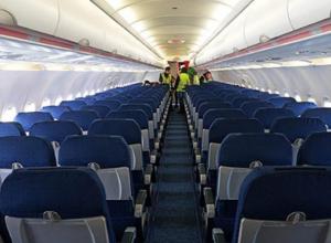 Поломка самолета вызвала 11-часовую задержку рейса Воронеж-Москва