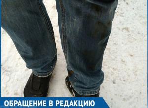 Я чуть не сломал ногу на льду у детской поликлиники! – житель Воронежа