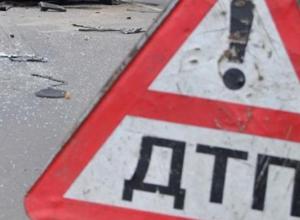 В Воронежской области фура снесла неизвестного пешехода, вышедшего на дорогу