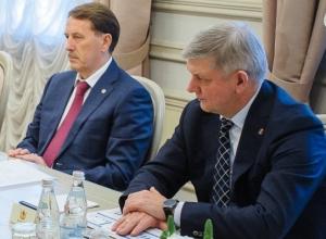 «Акции» врио губернатора Александра Гусева динамично растут