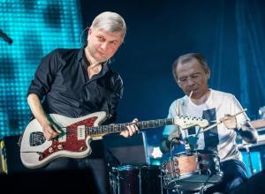 Александру Гусеву создают образ рок-звезды в воронежских соцсетях