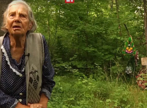 Воронежская пенсионерка больше 30 лет ухаживает за неизвестной братской могилой