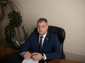 Потомственный строитель и депутат Воронежской облдумы Баринов окружился бетономешалками