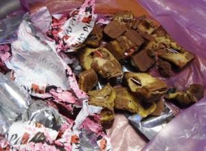 Жительница Воронежа выплатит штраф за конфеты с нелегальной «начинкой»