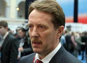 Алексей Гордеев пообещал «кадровое решение» в отношении попавшего под уголовное дело префекта