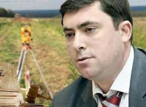 Воронежские власти решили увеличить площадь «зеленого огорода» Максима Увайдова