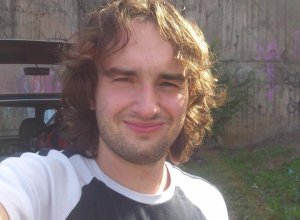 Марафонец, бегущий из Волгограда в Берлин, преодолел Воронеж