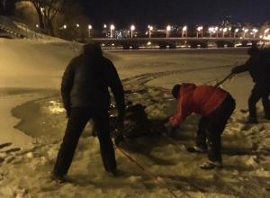 Снегоход провалился под лед Воронежского водохранилища