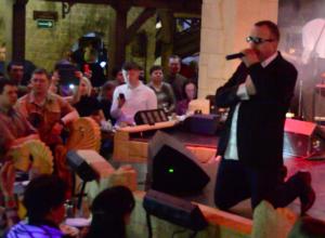 Память Михаила Круга почтила группа «Бутырка» на концерте в Воронеже