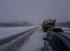 Многокилометровая пробка образовалась на трассе М4 «Дон» в Воронежской области