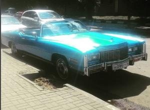 Умопомрачительный Cadillac Eldorado сняли на дороге в Воронеже