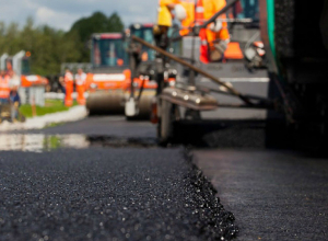На выходных в Воронеже отремонтируют восемь городских магистралей