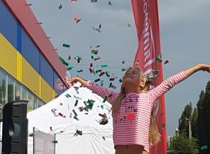 Настоящий праздник подарила «Пятерочка» воронежцам в день открытия юбилейного магазина