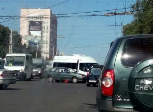 В Воронеже образовалась «мёртвая» пробка на Московском проспекте