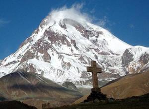 Воронежский альпинист умер на горе Казбек в Северной Осетии