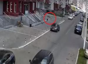 Опубликовано видео падения воронежца с 25-этажа многоэтажки