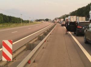 Спасателям и дорожниками поручили разгрузить проблемный участок М-4 «Дон» в Лосево
