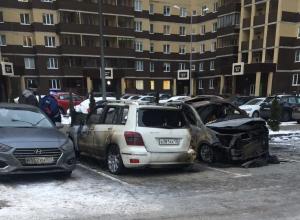 Воронежцы сфотографировали жуткие последствия массового автопожара
