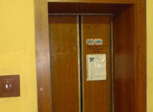 В Воронеже и области до 2019 года заменят 372 лифта