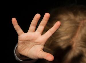 Жительница Воронежской области на протяжении полугода истязала 5-летнюю дочь