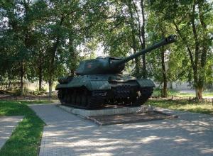 В воронежском микрорайоне Подгорное отреставрировали танк, дошедший до Берлина