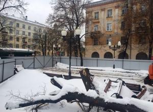 Сквер у вокзала «Воронеж-1», где пытались построить кафе, благоустроят к декабрю