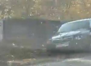 Пугающие последствия опрокидывания фуры под Воронежем попали на видео
