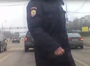 Воронежец в форме подставил себя, выложив запись видеорегистратора в Сеть