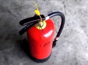 Подозрительный огнетушитель в центре Воронежа сильно напугал горожан
