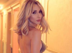 С концертом в Воронеж приедет одна из самых сексуальных исполнительниц страны