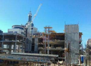 «Архитектурные бандиты» плюют на решение облсуда в двух шагах от правительства Гордеева