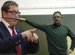 Ректор ВГУ не нашёл смелости встретиться с профессором Сапуновым в «Политике с Лихом»
