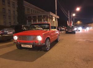 По Воронежу ездит потрясающая «копейка» - кабриолет
