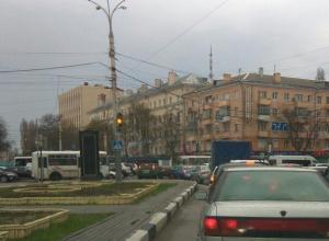 Неработающий светофор вызвал адские пробки в Воронеже
