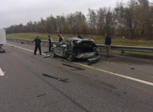 Пассажир «Лады» погиб в чудовищном ДТП с двумя грузовиками под Воронежем
