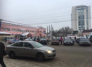 Пьяный разговор в кафе привел к эвакуации автовокзала в Воронеже