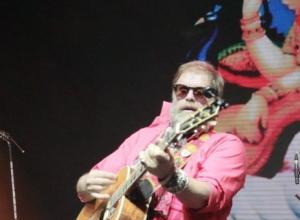 На концерте в Воронеже Борис Гребенщиков посвятил песню журналистам