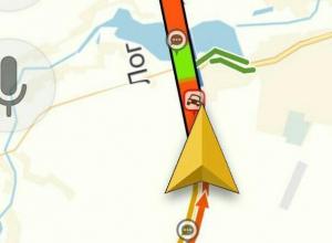 Водители застряли на трассе «Воронеж-Курск» из-за скатывающихся фур