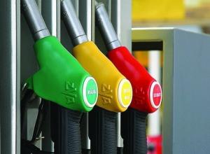 Автомобилисты устроили спор из-за лучшего бензина в Воронеже