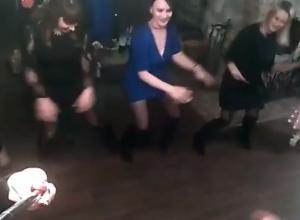 Крутой свадебный отжиг сняли на видео в Воронеже
