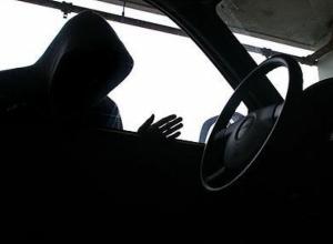 17-летний воронежец угнал ВАЗ и попал на нем в ДТП